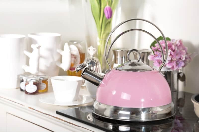 Кипячение чайника с содой