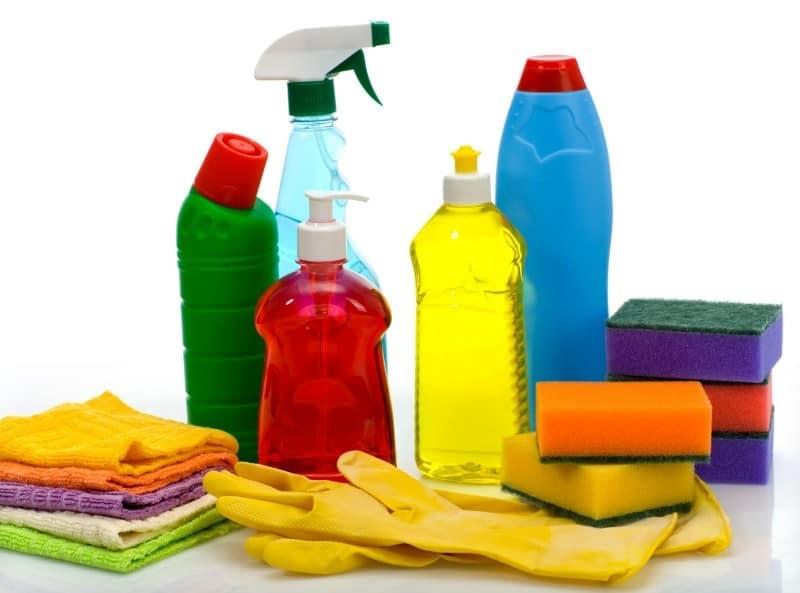 моющие средства и мочалки