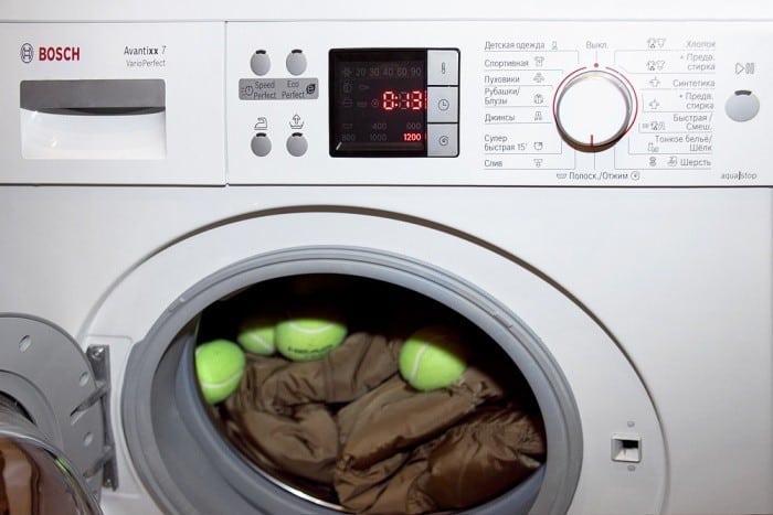 Как сушить пуховик в машинке с мячами