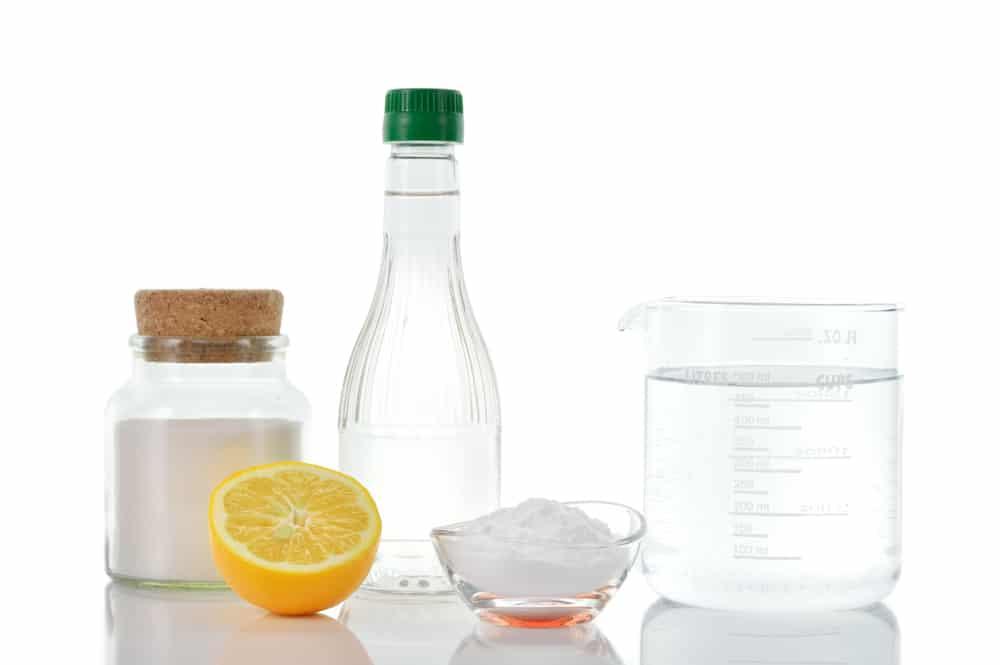 Подручные средства для приготовления смеси