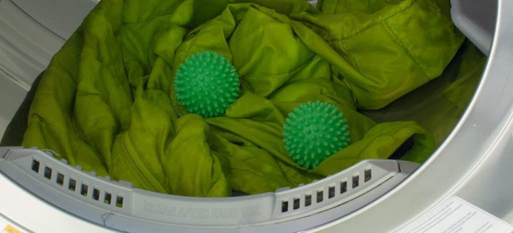 Стирка пуховиков в автомате с применением шариков