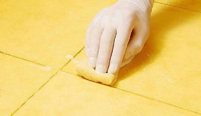 Химический способ удаления силиконовых следов