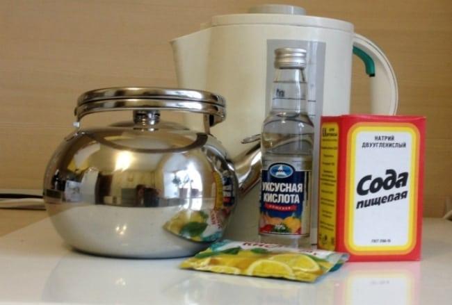 Чистка чайника уксусом и содой