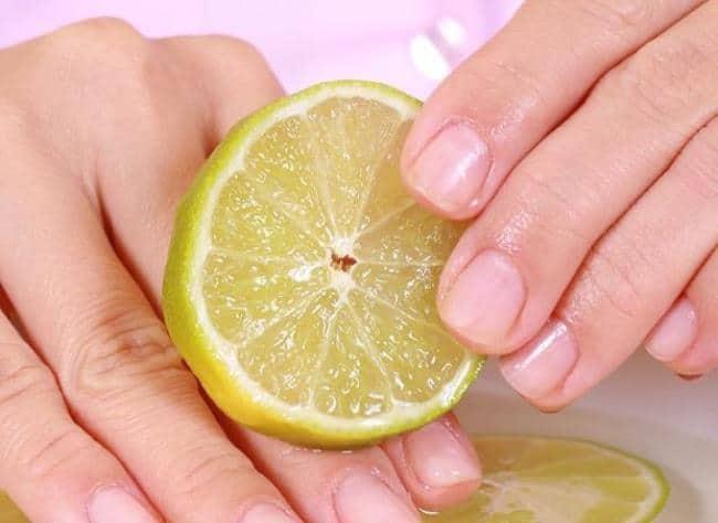 Отмыть руки от орехов