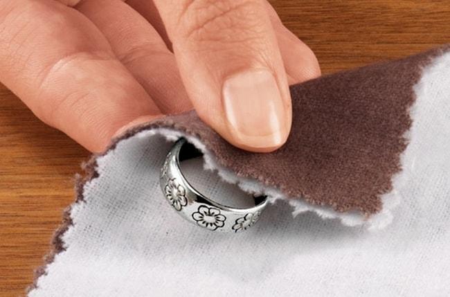 Чистка серебреных изделий