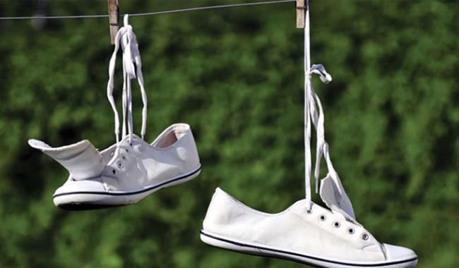 e3c8202e1 Как постирать цветные и белые кроссовки вручную в домашних условиях