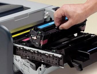 Краска принтера попала в глаза