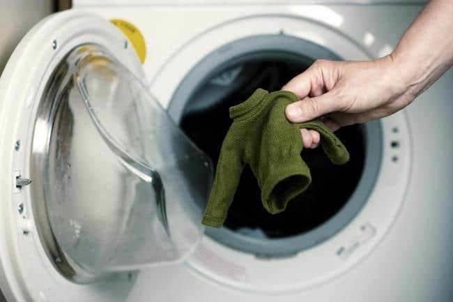 Подготовка одежды перед стиркой
