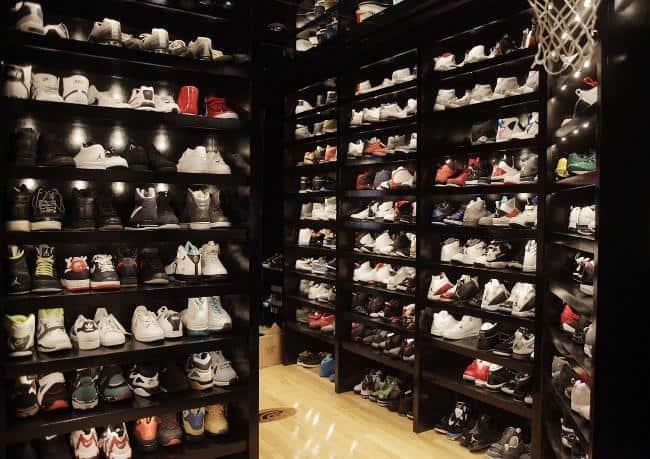 Нужно больше обуви