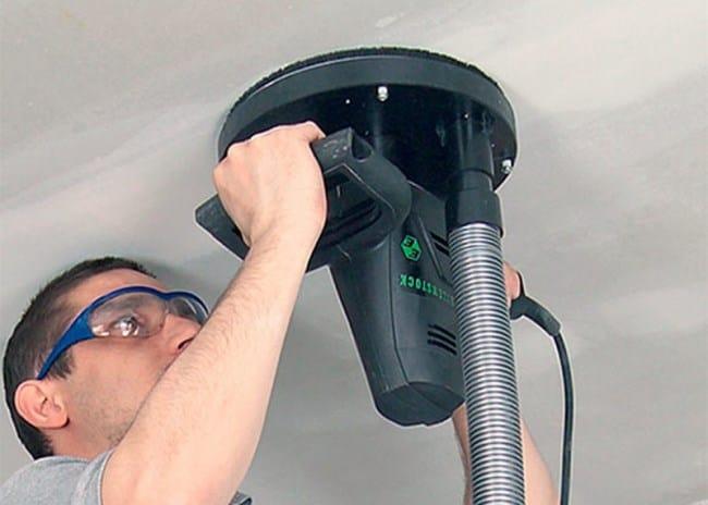 Очистка шлифовальной машинкой эффективна на твердых поверхностях
