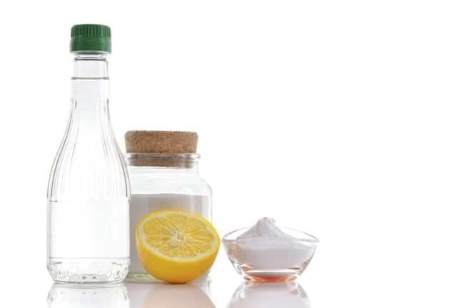 Смесь из лимона, уксуса и соды