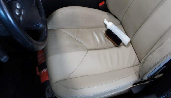 Очистка кожзама от пятен в авто