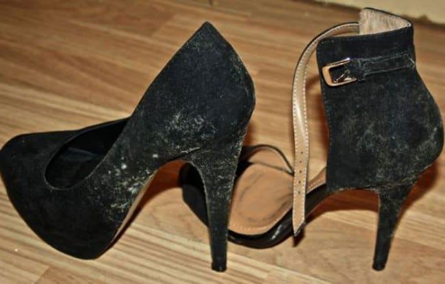 Плесень на обуви