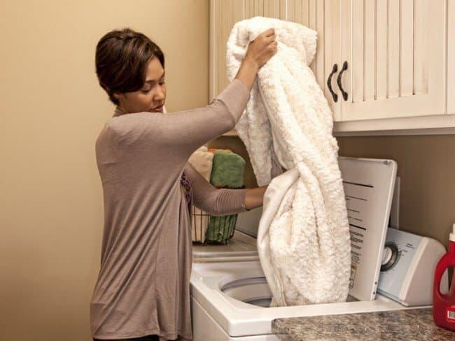 Одежду с ворсом стирайте отдельно
