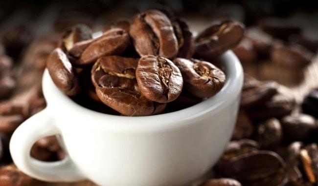 Ароматный кофе наполнит квартиру своим запахом