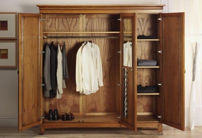 Часто проветривайте шкаф