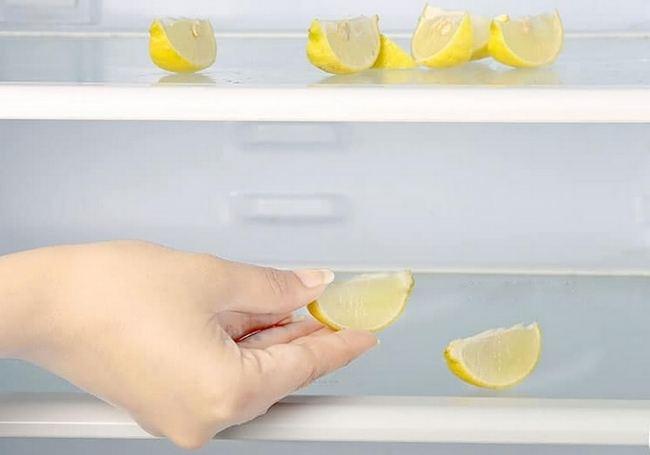 Благодаря лимону, ваш холодильник запахнет по новому