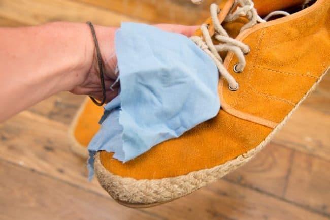 Для очистки используйте только мягкую ткань