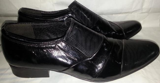 Если за обувью не ухаживать, то скрип появится в кратчайшие сроки