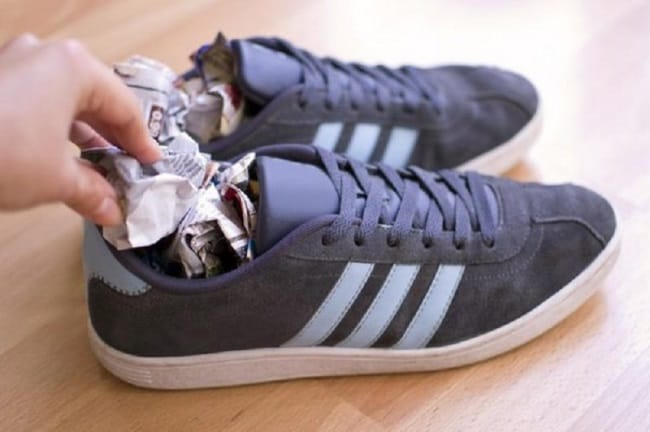 Главное набейте кроссовки как можно плотнее