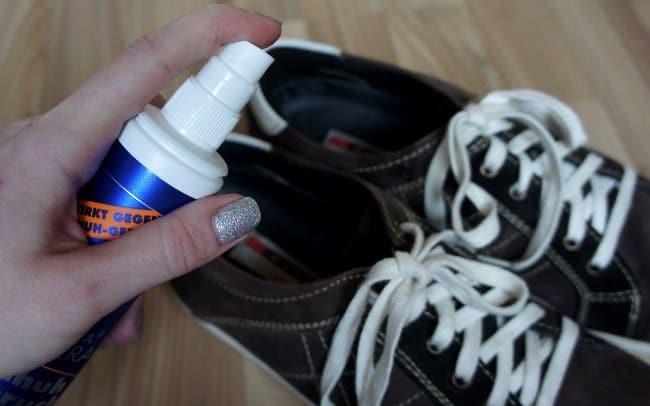 Избавиться от запаха поможет специальный спрей