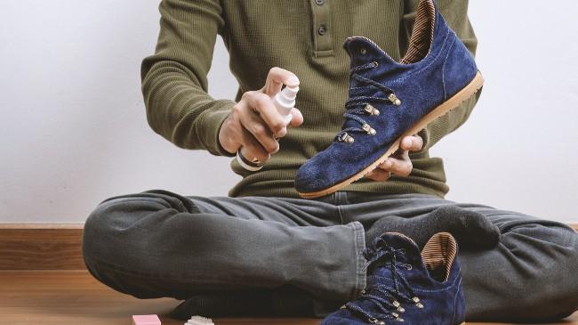 Перед каждым выходом на улицу, обрабатывайте свою обувь