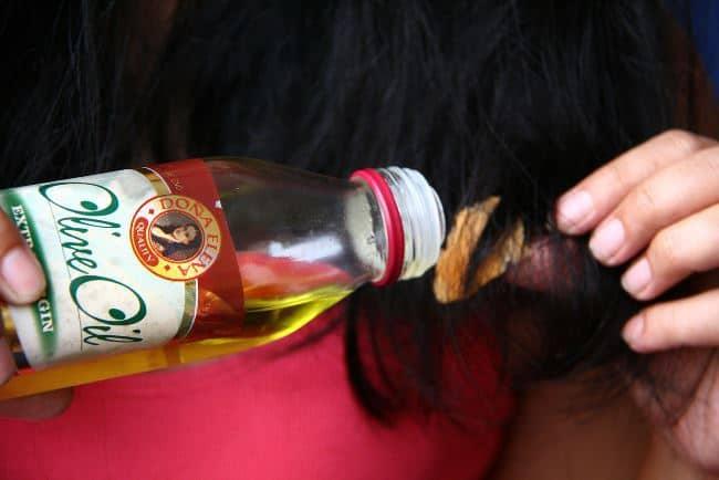Жвачка, смоченная маслом, через время отпадет сама