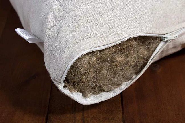 Дома вы такую подушку не почистите и не постираете