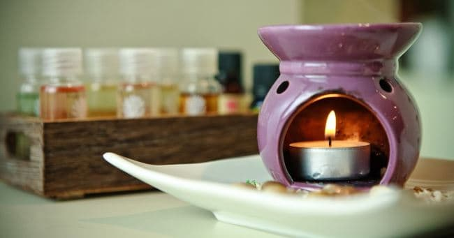 При нагревании, масла благоухают в несколько раз сильнее
