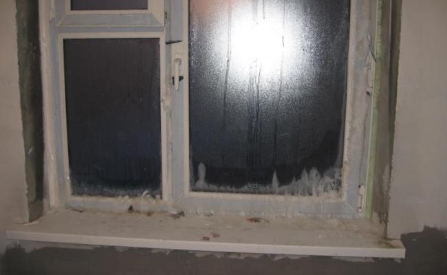 Проблемы с теплоизоляцией могут возникнуть из-за некачественной установки конструкции