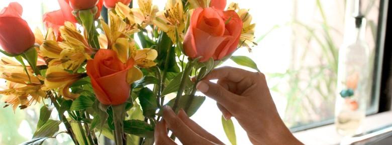 Как сохранить розы в вазе дольше всего