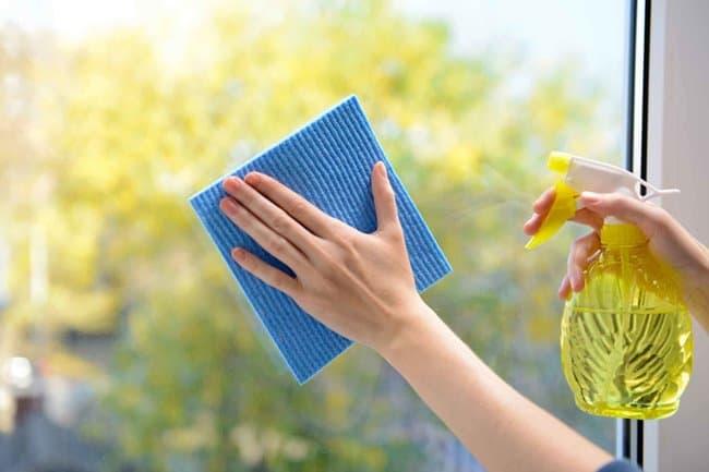 Основное требование – это качественное очищение без оставления разводов