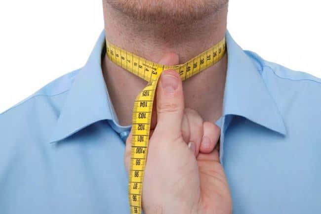 При выборе классической сорочки, дополнительно учитывайте окружность шеи