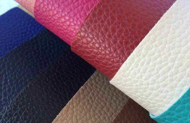 Синтетические аналоги натуральных кожаных товаров по своим характеристикам ничуть не уступают своим природным прототипам