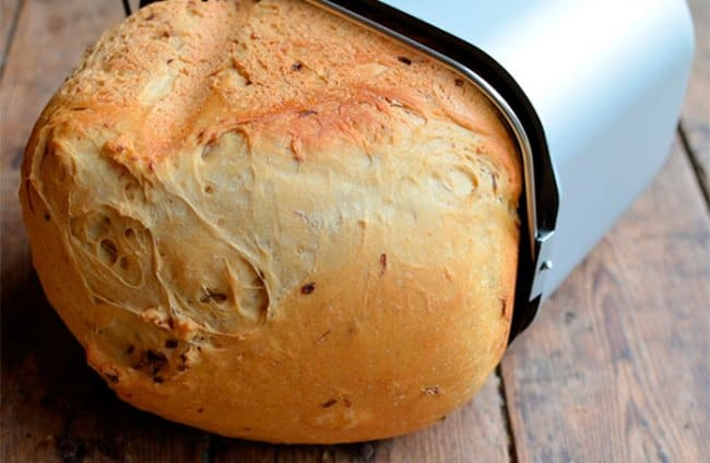 Домашний хлеб намного вкуснее покупного