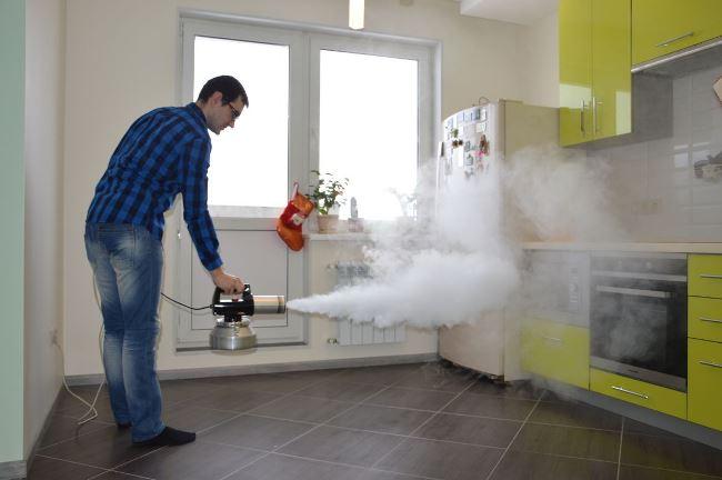 Из-за использования дыма, а не пара, на поверхностях не остаются разводы и подтёки