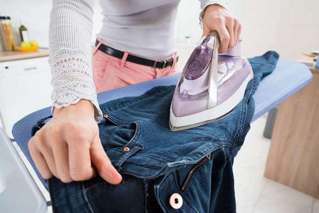 Одежду, которая приняла свою первозданную форму, гладить намного проще
