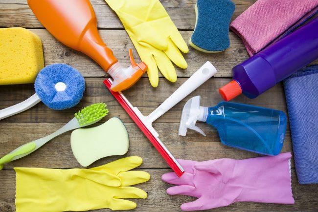 При использовании хлорки используйте защитную одежду