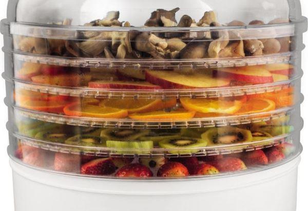Электросушилка помогает заготавливать овощи и фрукты