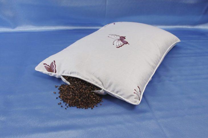подушка с наполнителем лузгой гречихи