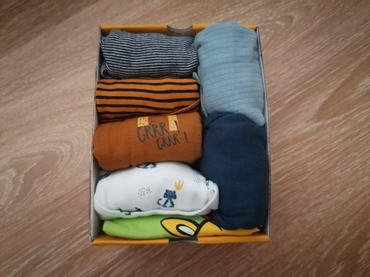 храним одежду в коробках из-под обуви