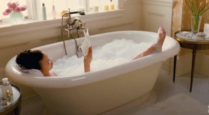 отдельностоящая ванна для релакса