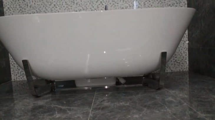 отдельностоящие ванны упрощают уборку