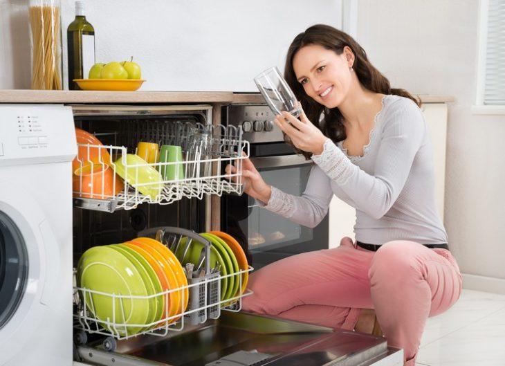 посуда после посудомойки чистая