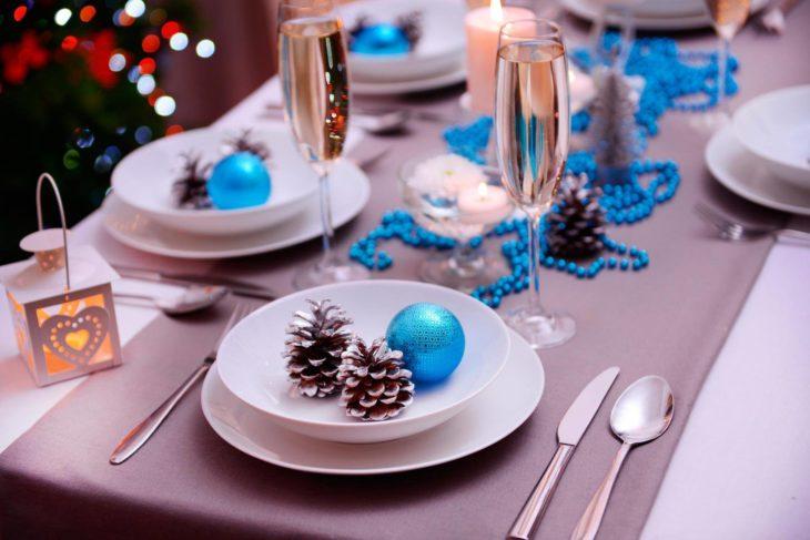подарки на тарелке