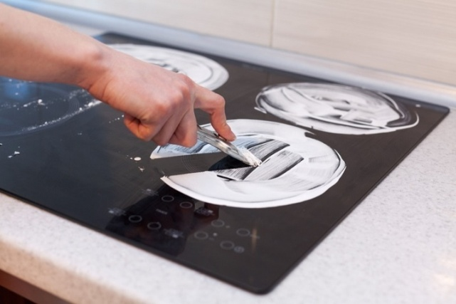 скребок для чистки плиты