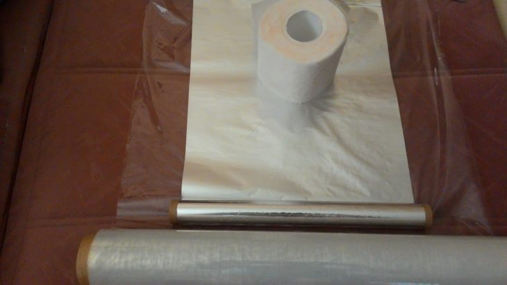 заворачиваем туалетную бумагу в красивую упаковку
