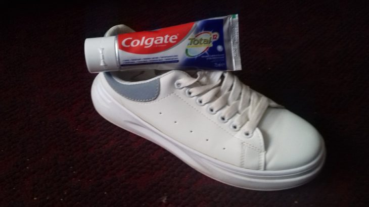 зубная паста для отбеливания кроссовок